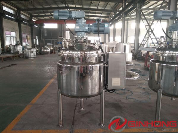 Argentine Customer Visited Ginhong to Buy Sauce Making Machines