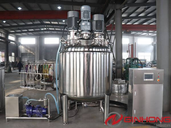 Filipino Customers Inspected SZ-2000L Vacuum Three Shaft Mixer and FS-37kw High Speed Disperser