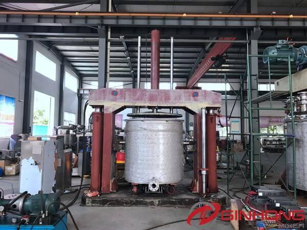 YJ-2000 hydraulic ram discharge press