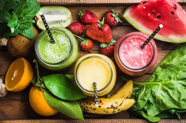 blending fruit