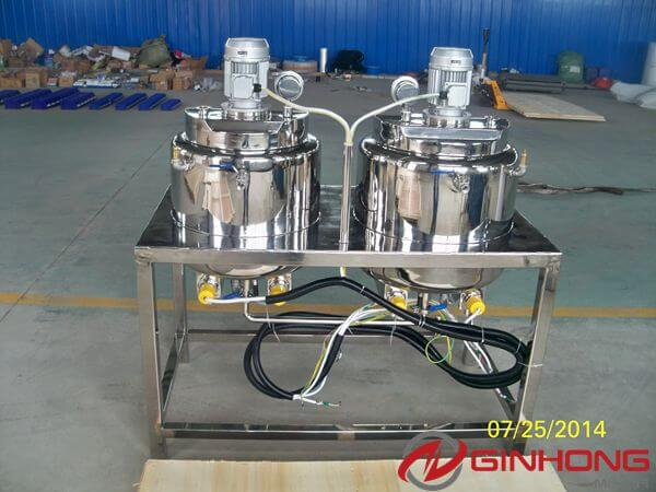 oil and water phase tanks in 100L simplified vacuum emulsifying mixer