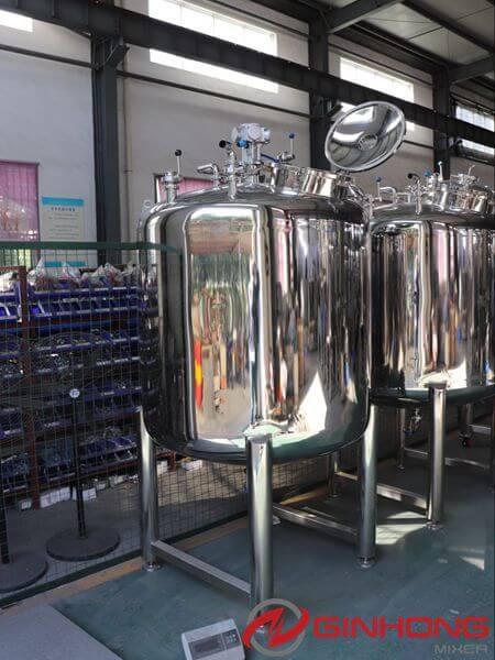 perfume mixer
